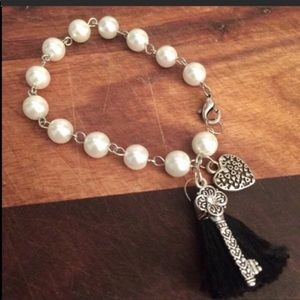 Key to my heart glass pearls charm bracelet.